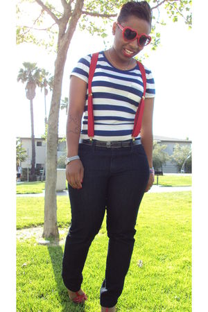 Forever 21 jeans - payless shoes - Forever21 t-shirt - Ebay sunglasses