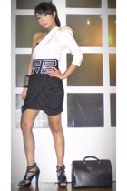 white Glitterati blouse - black online shoes - black Louis Vuitton bag