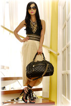 gold layered Cultus ChiChi accessories - black stam Marc Jacobs bag