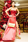 Gold-cmg-shoes-red-glitterati-dress-gold-255-chanel-bag