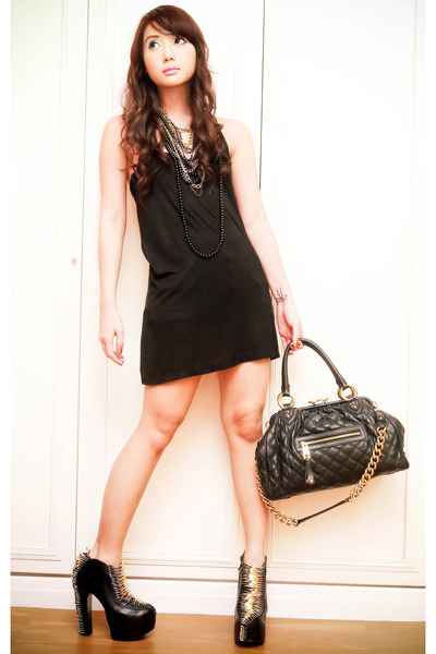 black DAS boots - black tank Topshop dress - black stam Marc Jacobs bag