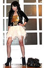 Black-h-m-blazer-gold-random-design-top-black-glitterati-belt-beige-glitte