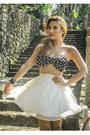 Black-vaintage-swimwear-white-glitterati-skirt-camel-vaintage-sandals