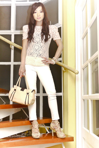 lace Forever21 top - skinny Zara jeans - Braun Buffel bag