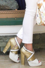 White-captial-vice-boots-white-zara-jeans-white-louis-vuitton-bag