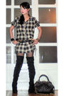 Beige-love-vintage-shirt-black-random-from-the-department-store-stockings-bl