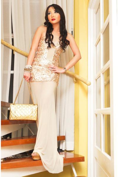 gold 255 Chanel purse - off white Glitterati dress - camel CMG heels