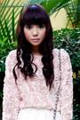 Light-pink-rosette-forever21-bracelet-light-pink-mesh-rosette-zara-sweater