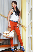 blue Nicole Whisenhunt necklace - carrot orange skinny Zara jeans