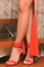 Red-zaa-heels