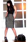 Black-mango-top-gray-zara-skirt-black-cosmopolitan-necklace-black-online-s