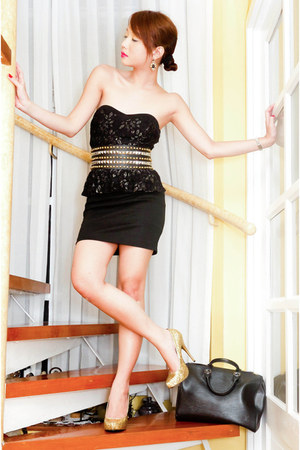 gold glitter pumps michael antonio heels