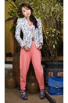 blue strappy Tyler heels - periwinkle floral blazer Zara blazer