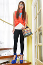 Coral-apartment-8-blouse-black-zara-leggings-orange-tonic-bag