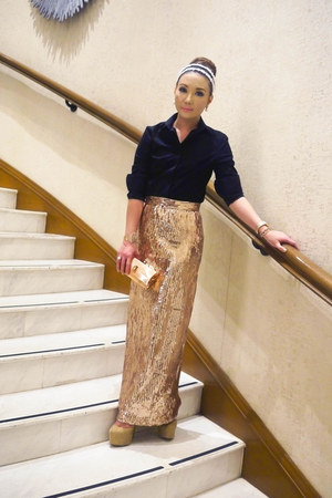 gold Glitterati skirt - black Zara top