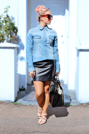 black leather H&M skirt - blue denim H&M Trend shirt