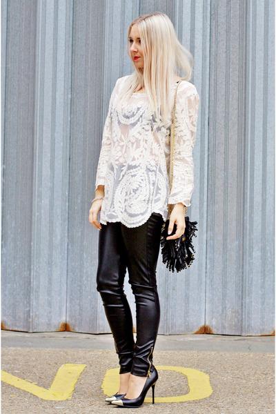 cream crochet floral Little Mistress top - black court other shoes