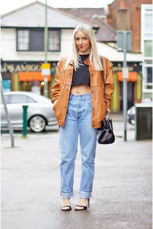 black leather Guess bag - blue levis vintage Levis jeans