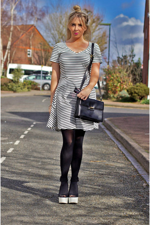 black vintage Gucci bag - white stripes sugarhill boutique dress