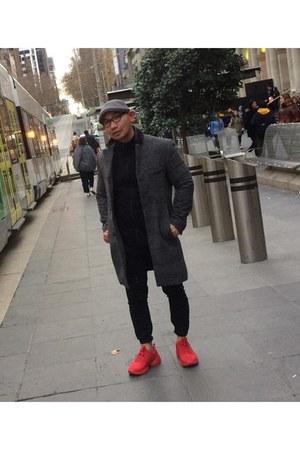 charcoal gray H&M coat - ruby red Zara sneakers