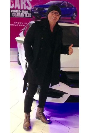 brown H&M boots - black coat - black Topman jeans