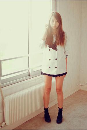 ivory collar Chicwish jacket - black laces Chicwish skirt - black romwe flats