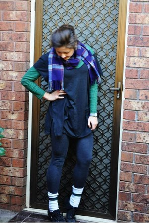 deep purple op shop scarf - black bonds dress - green Mums shirt