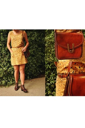 mustard Secondhand dress - dark brown Secondhand boots - tawny Secondhand bag