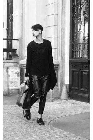 black shoes - black bag - black H&M cardigan - black Zara pants - black Zara top