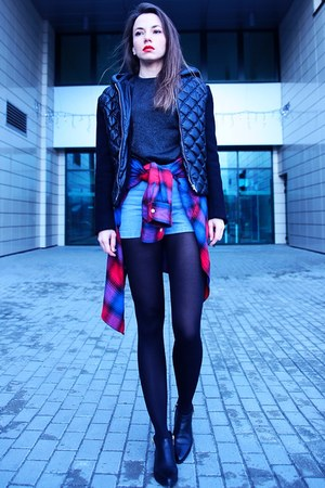 light blue denim style moi shorts