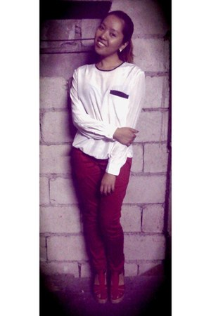 white Exclusively for JOYCE HongKong blouse - brick red Club Monaco pants