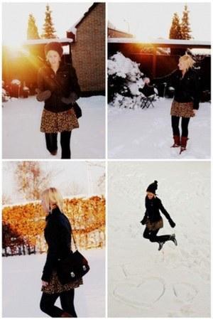 bronze Sasha boots - yellow Zara dress - black H&M pants