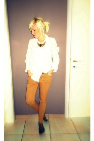 Forever 21 necklace - Zara pants - H&M blouse