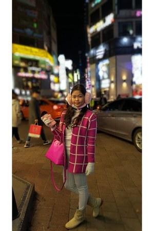 hot pink blazer - beige boots - hot pink bag - eggshell Uniqlo pants