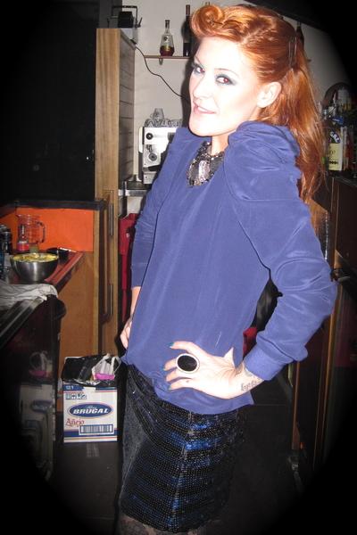 blue Maje shirt - blue BLANCO skirt - black Pili & MIli necklace