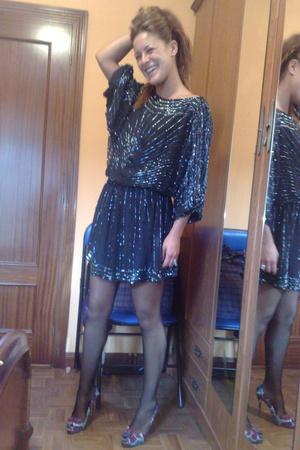Religion dress - Zara shoes - calezedonia tights