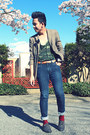 Levis-jeans-aldo-shoes-jones-new-york-blazer-topman-tie