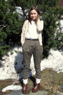 Brown-vintage-belt-brown-vintage-shoes-green-h-m-pants-beige-bikbok-cardig