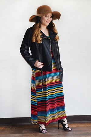 light brown fedora Charlotte Russe hat - maxi dress Mi Manchi dress
