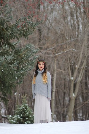 tulle Lauren Conrad dress - silver turtleneck Forever 21 sweater