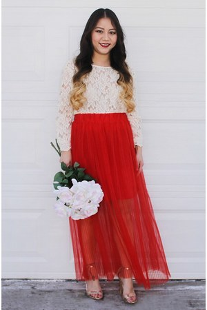 red pleated H&M skirt - off white lace Forever 21 blouse