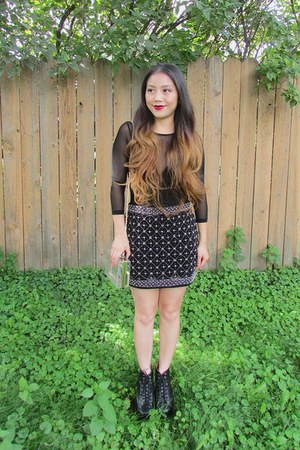 black thick from Korea boots - clear Forever 21 purse - black Forever 21 skirt