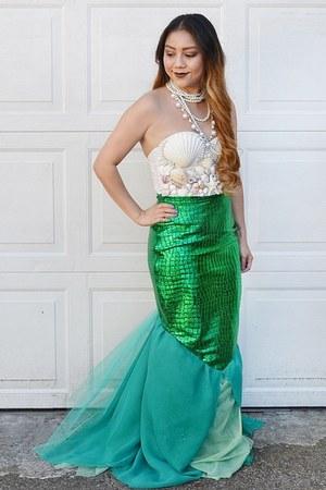 white shell corset top - green mermaid tail skirt