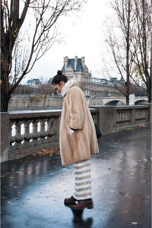 nude vintage coat - cream vintage dress - burnt orange vintage boots - navy Chan