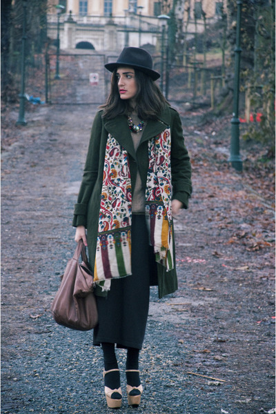 cream vintage wedges - tawny guyas bag - olive green aspesi coat - light orange