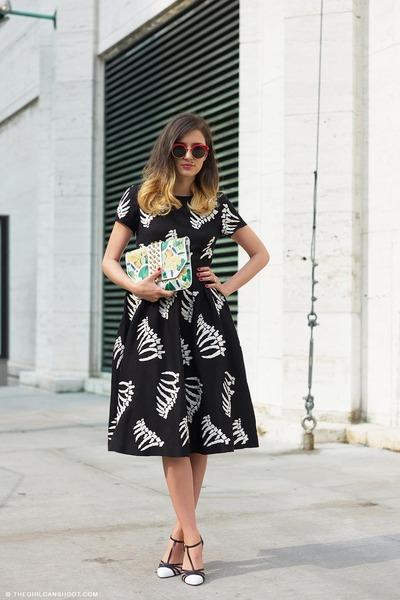 black YMC dress - yellow lemon print Whats inside you bag