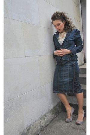 blue Zara skirt - blue Zara jacket - white Zara blouse - pink Bershka shoes