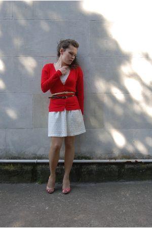 red street market cardigan - white H&M dress - brown new look belt - red shoes