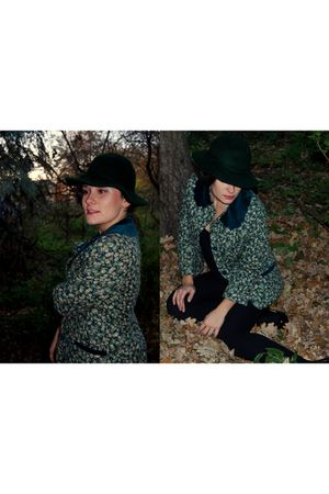 green vintage hat - green swap jacket - black Zara - black CCC