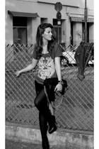 Bershka skirt - shoes - accessories - Zara t-shirt